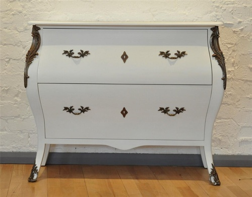 The Chateau Commode Tables > Console Table