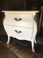 The Serpentine Chest: French White